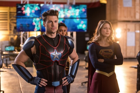 """DC's Legends of Tomorrow --""""Invasion!""""-- Image LGN207c_0435.jpg -- Pictured (L-R): Nick Zano as Nate Heywood/Steel and Melissa Benoist as Kara/Supergirl -- Photo: Diyah Pera/The CW -- © 2016 The CW Network, LLC. All Rights Reserved"""