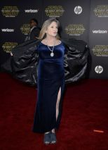 carrie-fisher-at-star-wars-episode-vii-the-force-awakens-premiere-in-hollywood-12-14-2015_6
