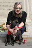 gallery-1482913317-gary-carrie-fisher
