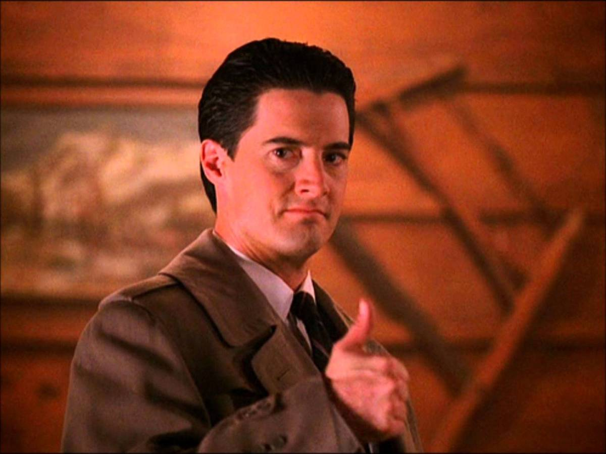 Twin Peaks (Seasons 1 and 2) - The Crib Sheet