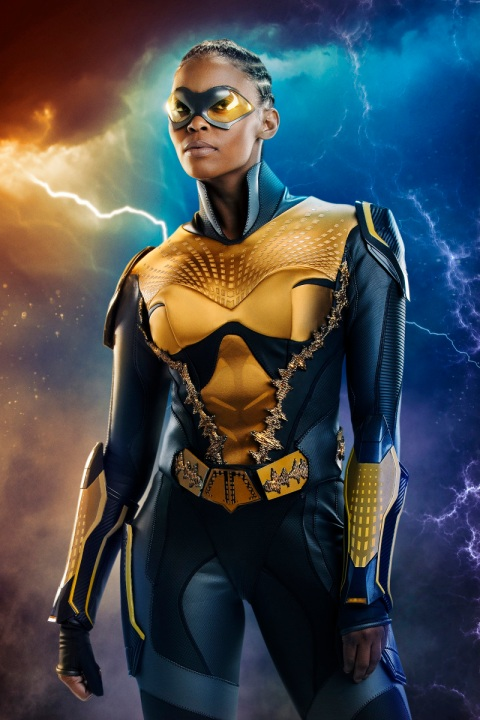 Black Lightning -- Image BLK_FIRST_LOOK_THUNDER.jpg -- Pictured: Nafessa Williams as Thunder -- Photo: Bob Mahoney/The CW -- © 2018 The CW Network, LLC. All rights reserved.