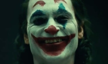 Joker-Joaquin-Phoenix-Full-Makeup