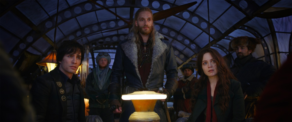 "New ""Shrike"" featurette released for Mortal Engines"